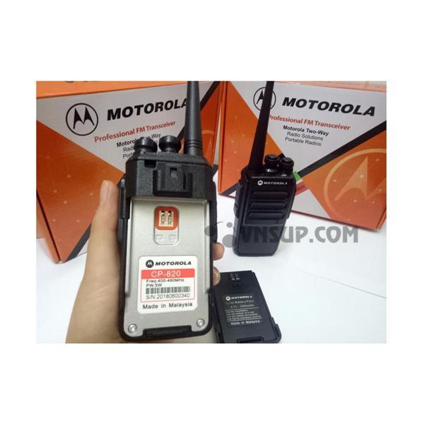 Máy bộ đàm Motorola CP 820